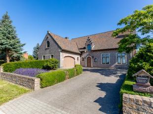 In een rustige omgeving te Putte vinden we deze prachtige energiezuinige villa met tal van voordelen terug. Deze gezellige woning op een perceel van 1