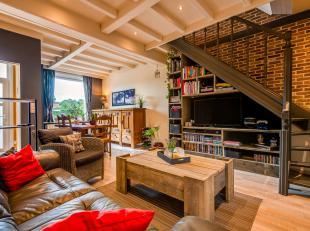 In een rustige omgeving te Bonheiden vinden we deze volledig instapklare, uitstekend gelegen woning met drie slaapkamers en aangenaam terras terug. De