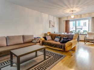 Op een schitterende locatie te Mechelen bevindt zich dit ruim appartement met 3 slaapkamers. U bevindt zich hier op wandelafstand van het station, het