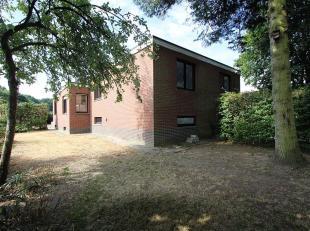 Te renoveren woning, gelegen op een uitstekende locatie.<br /> Te renoveren woning met potentieel (3 SLK), gelegen op een uitstekende locatie, met ga