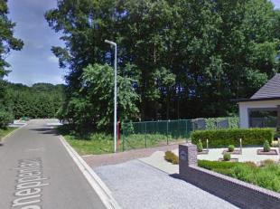 Bouwgrond Open Bebouwing van ongeveer 8a80ca met een straatbreedte van 19m. <br /> <br />
