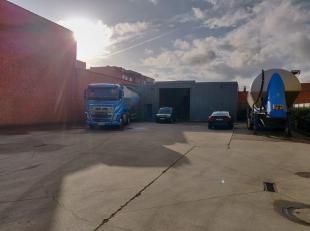 Op deze centrale locatie te Deurne, bieden wij een functioneel bedrijfsgebouw/opslagruimte aan met een oppervlakte van ca. 727 m². Het pand besch