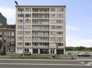 Dit pand in Mechelen biedt enerzijds modern gerenoveerde kantoren (ca. 340 m²) en anderzijds parking (25 plaatsen) als mogelijkheid tot uitbreidi