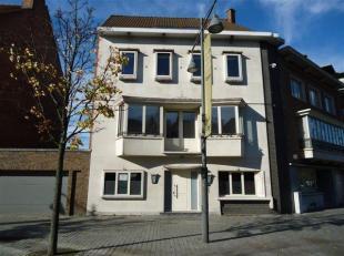 Stijlvol kantoor met een oppervlakte tot 20 m² gelegen langs de Groene Boulevard, vlakbij het Kol. Dusartplein en op wandelafstand van de Grote M