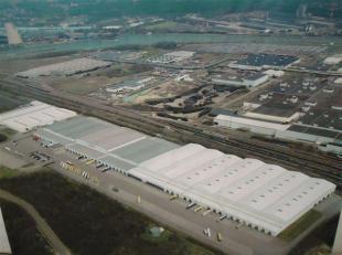 Logistieke complex gelegen industriezone Genk-Zuid met oppervlakte v.a. 10.000 m² tot maximaal 80.000 m², eventueel met kantoren oppervlakte