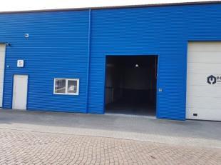 Bedrijfsunit nr. 6 met een oppervlakte van 120 m² geschikt voor opslag/kleine productie gelegen op het bedrijventerrein Kiewit/Hasselt en vlakbij
