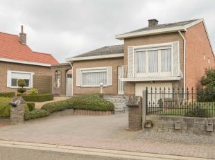 Instapklare woning op een mooi perceel van 8a 72ca. Goed gelegen in Wilderen (deelgem. Sint-Truiden) sportgelegenheden, apotheker, brouwerij en alcoho