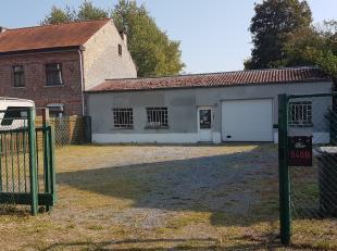 Perceel van +- 5 are, zeer gunstig gelegen in Wimmertingen op de gewestweg Hasselt-Tongeren. Momenteel is er een werkhuis gebouwd dat naar eigen keuze