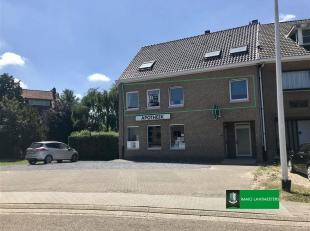 Instapklaar tweeslaapkamer appartement gelegen in Genk op de Gildelaan. <br /> Dit appartement heeft een bewoonbare oppervlakte van 100 m² en ee