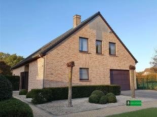 Perfect onderhouden en frisse woning met prachtig uitzicht op het groen. <br /> Zowel binnen als buiten verkeert deze woning in een uitstekende staat