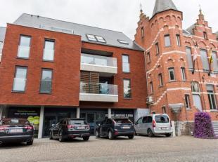 Deze autostaanplaats is gelegen in de ondergrondse parkeergarage van residentie 'Lummina' te Lummen. Pal in het centrum van Lummen, naast het gemeente