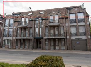 PENTHOUSE (155M²) IN CENTRUM MET 2 SLP EN RUIM TERRAS!<br /> <br /> In het centrum van Bilzen vindt u dit unieke penthouse met een bewoonbare opp
