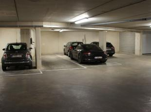 ONDERGRONDSE AUTOSTANDPLAATSEN OP DE GROENE BOULEVARD.<br /> <br /> Deze ondergrondse autostandplaatsen bevinden zich in Res. Royal Nord is een nieuwb