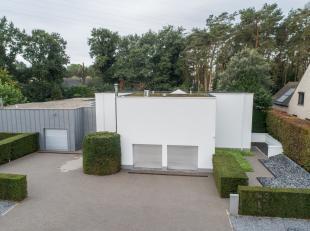 Moderne villa gelegen nabij het centrum van Houthalen, Kruisstraat 21.<br /> Bezoek deze villa 7/7 dankzij onze unieke 3D-TOUR en ervaar alsof je er z