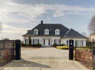 Deze exclusieve, franse én uiterst energiezuinige villa is gelegen op een toplocatie (met vlotte verbinding naar Zaventem - Brussel en Leuven)