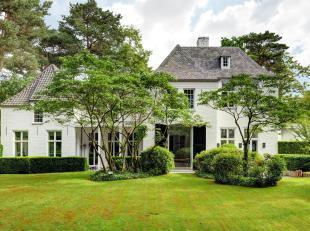 Prachtige, exclusieve villa op +/- 30 are in het groene Keerbergen.<br /> De woning werd in 2003 gebouwd door 'Oscar V', gespecialiseerd in villabouw