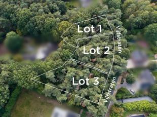 Deze bouwgrond gelegen in een woonpark nabij het meer van Keerbergen is geschikt voor een open bebouwing.Het perceel bedraagt 15a45ca, met een breedte
