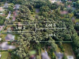 Deze bouwgrond gelegen in een woonpark nabij het meer van Keerbergen is geschikt voor een open bebouwing.Het perceel bedraagt 22a70ca, met een breedte