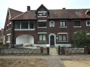 Welkom op de Boslaan nummer 25 in Genk.<br /> <br /> Deze instapklare woning werd in 2014 gerenoveerd, waaronder de waterleidingen, sanitaire, stroom,
