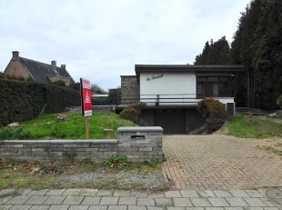 Welkom op de Onze Lieve Vrouwestraat 22 in Maasmechelen.<br /> <br /> Op zoek naar een prachtig gerenoveerde open woning?<br /> Dan is deze gelijkvloe