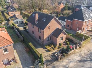 Welkom op de Bresserstraat nummer 8 in Genk.<br /> <br /> Deze instapklare villa is gelegen in een mooie residentiële buurt vlakbij het centrum v
