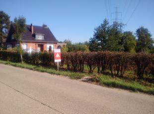 Mooi stuk bouwgrond van 9 a 21 ca.<br /> De achtertuin is gelegen op het zuiden en heeft een prachtig zicht op de omliggende landbouwgronden.