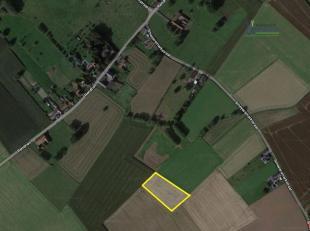 Perceel Landbouwgrond van 59 a. 20 ca.<br /> Gelegen tussen de Smeyersmarkstraat, Rendries en Geraardsbergsesteenweg.<br /> Genaamd: Grote Hernekauter