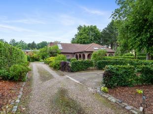 Omschrijving:Deze mooie woning is gebouwd omstreeks 1980 in een rustige villawijk te Nijlen (Kessel). Gelegen op een zeer mooi perceel van 1378m2, bij