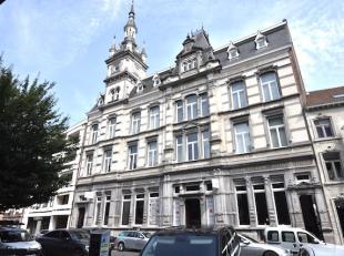 Unieke loft in het oude postgebouw midden in het centrum van Hasselt vlakbij de Grote Markt.<br /> Met een totale bewoonbare oppervlakte van 265 m2 ve