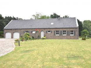 Ruime, perfect onderhouden villa rustig gelegen op een mooi perceel van 62a28. <br /> Uitermate geschikt voor dierenliefhebbers. <br /> Rustige liggin