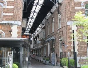 Mooi en centraal gelegen gemeubeld appartement in het centrum van Hasselt met 2 slaapkamers.<br /> Vaste maandelijkse kost van 150 euro voor verwarmin