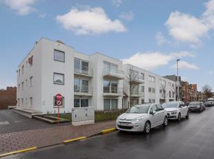 Dit gelijkvloers appartement werd opgeleverd in 2014 en is gelegen op een boogscheut van de dijk van Blankenberge. Het werd met de grootste zorg en go