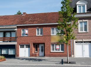 In Alken centrum aan het Laagdorp 21 staat deze woning uit 1958 op een grondperceel van 8a59.<br /> <br /> De indeling van deze woning bestaat uit een