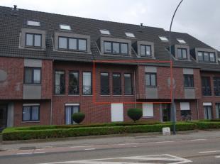 Mooi appartement op de eerste verdieping in Residentie Biesenhof te Veldwezelt. <br /> <br /> Dit appartement is voorzien van een grote leefruimte die