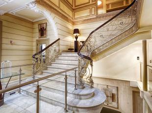 Authentiek, prachtig, uniek, schitterend gelegen beleggingspand/ hotel centrum Luik te koop!<br /> <br /> In het centrum van Luik aan de boulevard d