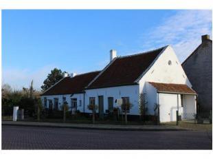 Landhuis met 3 wooneenheden te Stene (Oostende) Ook geschikt voor investering voor verhuur voor vaste bewoning of vakantieverhuur. Ook geschikt voor h
