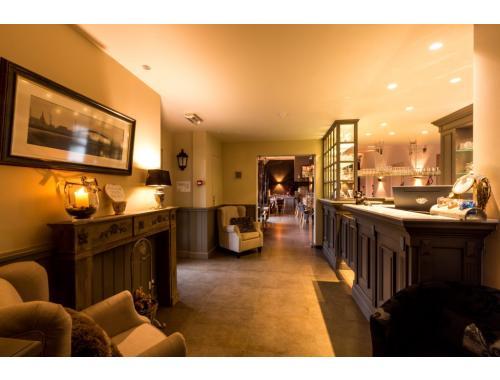 Hôtel à vendre à Sint-Joris, € 110.000