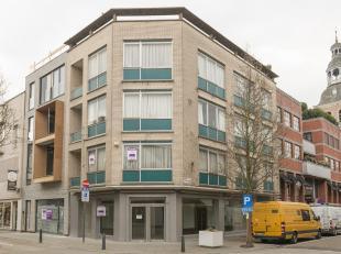Beleggingseigendom op topligging, uiterst zichtbaar gelegen in het commerciële hart van de modestad Hasselt. Essentiel, Des Petits Hauts, Grutman