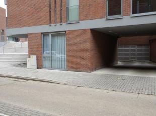Autostaanplaats nr 56 in het centrum, vlakbij Marktplein.<br /> <br /> Huurprijs: € 65,00/maand <br /> Gemeenschappelijke kosten: € 20,00/maand<br />
