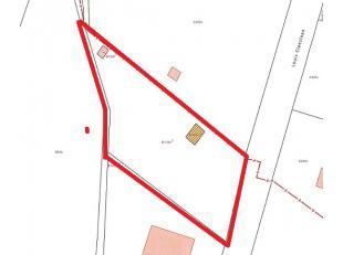Residentieel gelegen bouwgrond voor open bebouwing op 2 km van het historisch centrum  - 1136 m²  -straatbreedte 25 m - mogelijkheid tot het verk