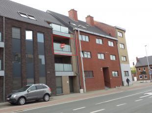 Mooi volledig instapklaar appartement in het centrum van Kortessem. <br /> <br /> Indeling: Inkomhal - slaapkamer 1 - slaapkamer 2 - aparte wc - badka