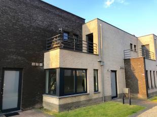 GEZELLIGE WONING<br /> <br /> Deze woning is gelegen nabij het centrum van Helchteren. Openbaar vervoer, autosnelweg, supermarkt, bakker, school, spor