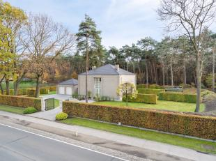 Prachtige villa + Bouwgrond te Hechtel<br /> <br /> Deze prachtige villa is gelegen op een terrein van 30a grenzend aan het bos. Binnen is er gekozen