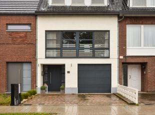 Gerenoveerde woning gelegen in een rustige omgeving in de gezellige Banneuxwijk op wandelafstand van de Corda Campus en dit op een perceel van 1a 81ca