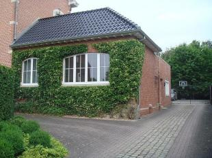Ruim gelijkvloers appartement met 1 slaapkamer en autostaanplaats nabij het centrum van Stevoort.Deze eigendom heeft een bewoonb. oppervlakte van 87 m