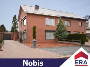Zeer goed onderhouden woning met 3 slaapkamers op een perceel van 8are 11ca dichtbij het centrum van Hasselt, doch rustig gelegen.De woning heeft een