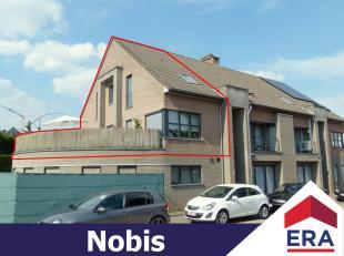 Modern ruim duplex-appartement met 2 slaapkamers, 2 terrassen en ruime garagebox met inpandige berging net buiten het centrum van Lummen.Dit duplex-ap
