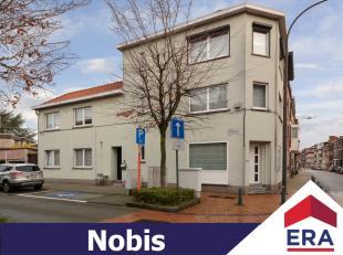 Centraal gelegen duplex appartement met 3 slaapkamers op fietsafstand van centrum Hasselt.Het appartement heeft een bewoonbare oppervlakte van 177m&su