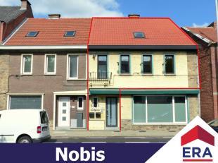 Ruim energiezuinige duplex-appartement met 2 slaapkamers, ruim terras en carport in Hasselt.Dit duplex-appartement heeft een bewoonb. oppervlakte van