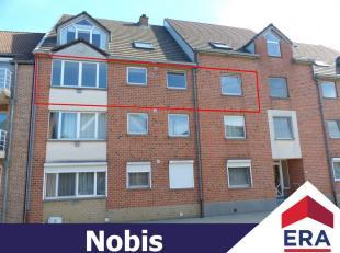Gezellig appartement met 2 slaapkamers, autostaanplaats en private kelderberging in het centrum van Herk-de-Stad.Dit appartement heeft een bewoonb. op